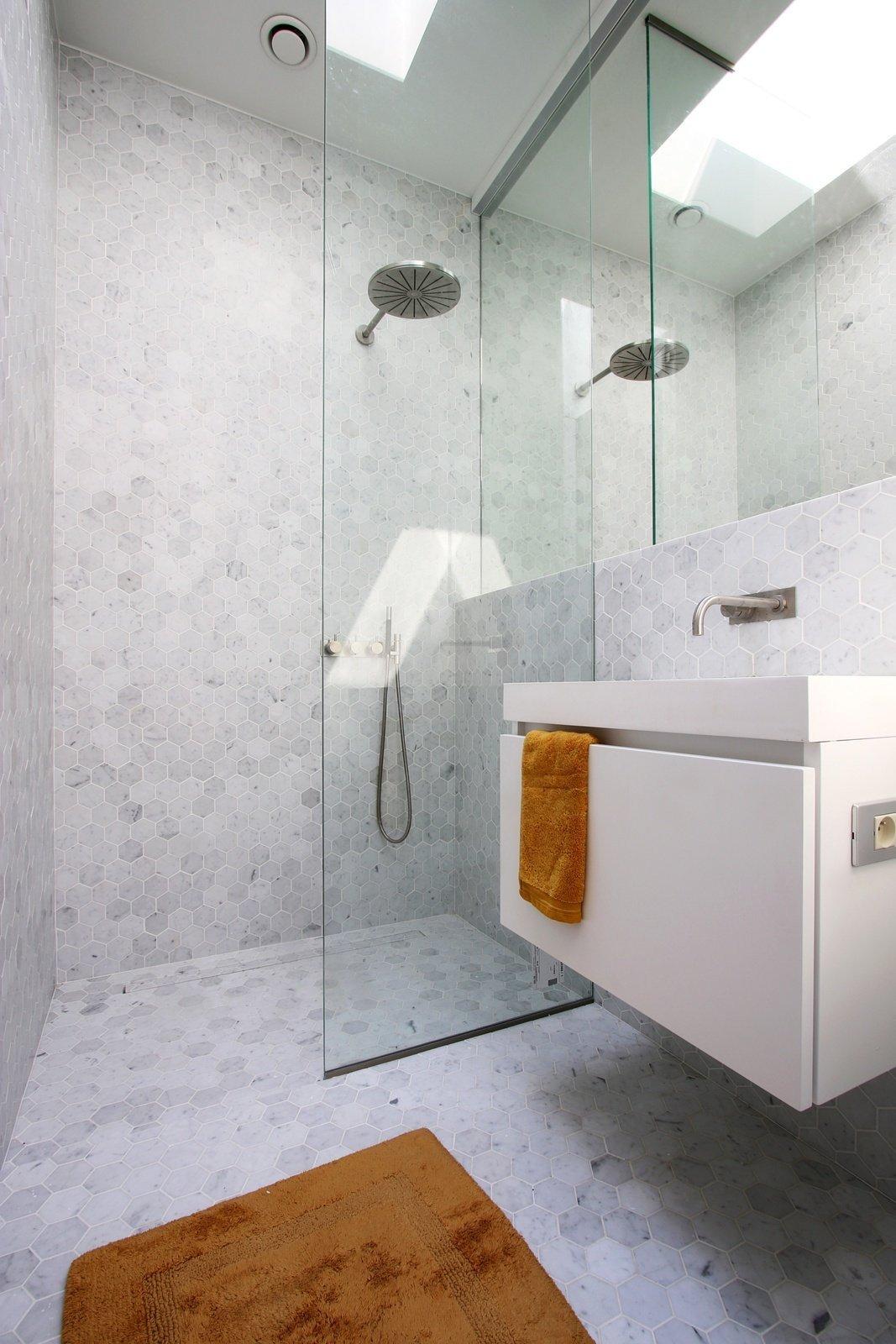 Leefruimte, badkamer & slaapkamer - LFB Gent